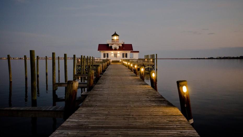 Roanoke Marshes Lighthouse - Manteo, North Carolina